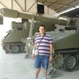 Victor Mateo visita el acuartelamiento militar de El Goloso dentro de su capacitación laboral